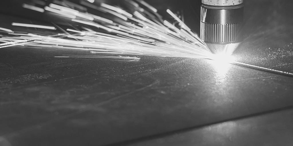 Cięcie laserowe stali itworzyw sztucznych